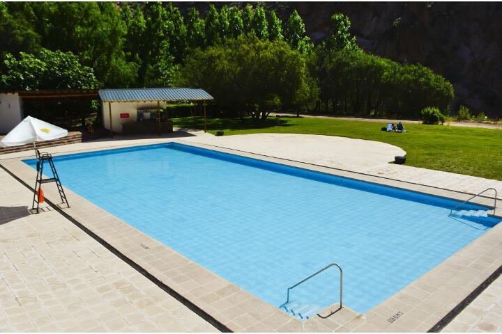 service_piscina_720x480_aguas_dsc0018