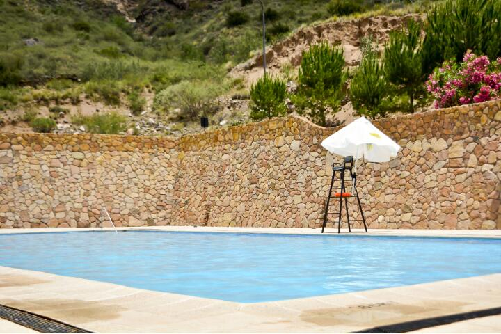 service_piscina_720x480_aguas_dsc0159